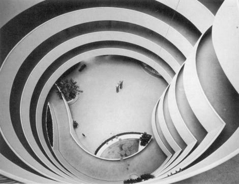 Frank_Lloyd_Wright-Musee_Guggenheim-Interieur