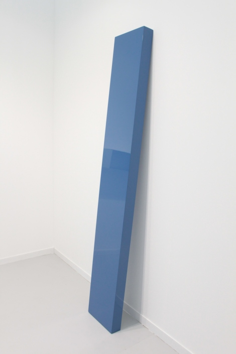 John McCracken, Thought, 2002, Gallery : David Zwirner